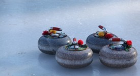 curling humain : les pierres du curling